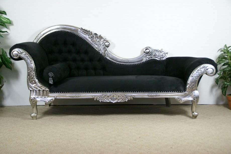 Hampshire barn interiors for Black and silver chaise lounge
