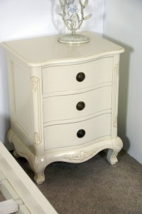 Three Drawer Bedside Cabinet Chest in Antique White