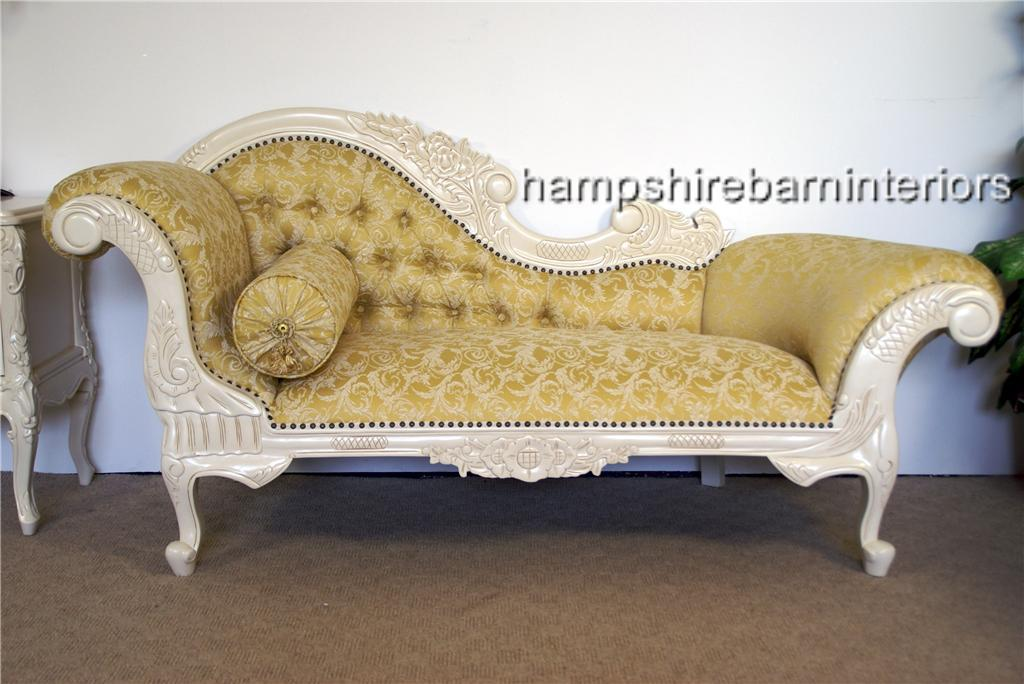 Hampshire chaise longue in antique white and gold fabric for Antique french chaise longue