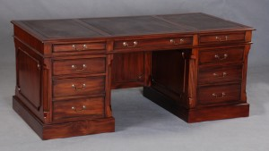 Georgian Large Desk with Modesty Panel