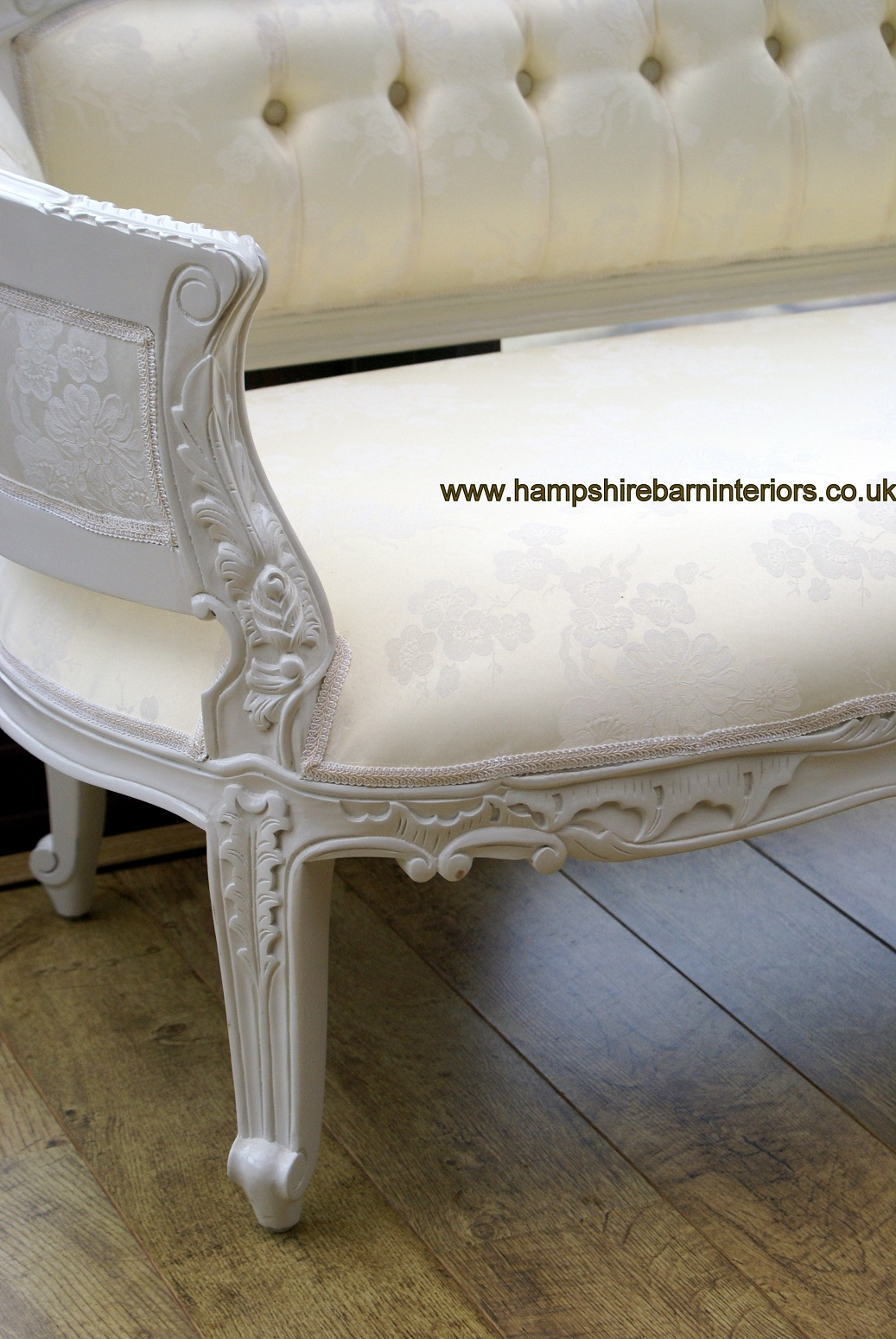 ANNA BELLE CHAISE ANTIQUE WHITE with IVORY FABRIC
