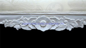 large ornate french style chaise longue ivory cream fabric antique white frame