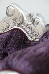 designer-silver-french-ornate-chaise-purple-crushed-velvet-furniture 1