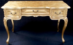 ORNATE LOUIS FRENCH STYLE WRITING DESK