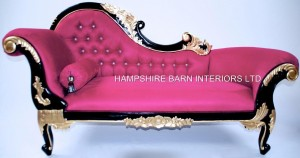 1 BEAUTIFUL FUCHSIA PINK CHAISE LONGUE MEDIUM SIZE WITH BLACK GLOSS FRAME WITH GOLD HIGHLIGHTS